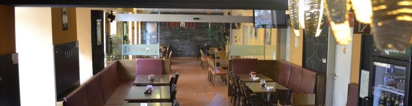 Mampf Restaurant Ansicht ganzer Raum